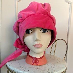 Vintage 1960's pink velvet bonnet hat young hippie